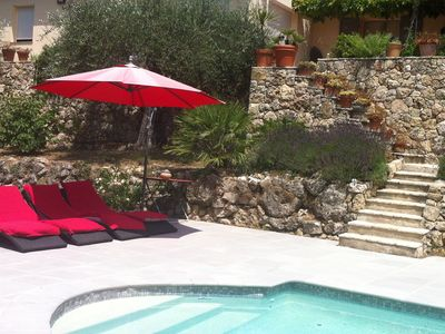 15- 22 August: Contemporary house, pool, neat decor, large olive grove, quiet