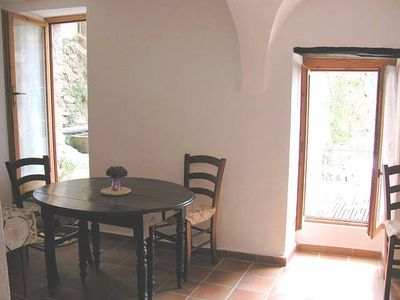 Apricale - Southfacing Holidayflat with lovely Terrace (4 Persons / 1 Bedrooms)