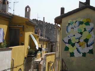 Avellino house photo - Local Color - A Stroll up the Street