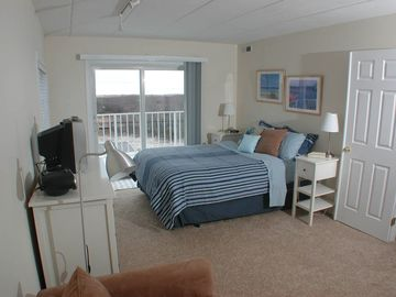 Master bedroom - ocean front views!