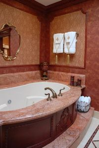 MASTER BATHROOM WITH JACUZZI SPA FOR 2