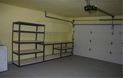 garage looks like one of the rooms. super clean. plentty of storage space.
