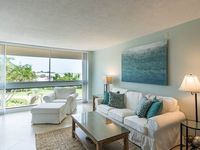 Unit 28- 1 Bedroom, 1 Bathroom Condo With Beautiful Beach And Gulf View