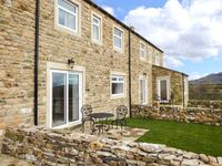 ZOEY COTTAGE, family friendly, with a garden in Skipton, Ref 913342