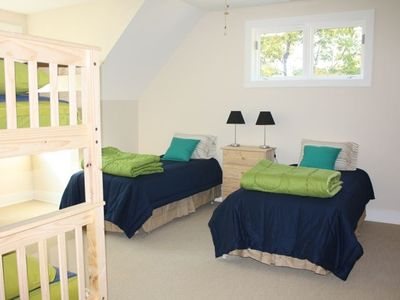 Kid's room with bunkbeds