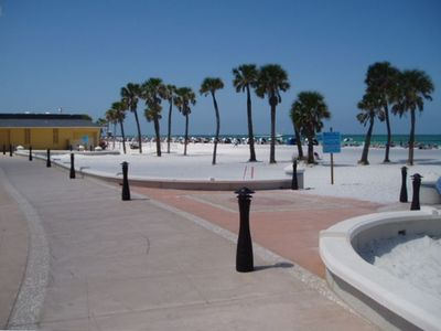 "Clearwater Beach's newly ""Beachwalk"" is now complete"