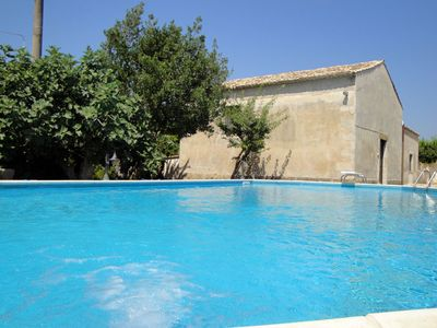 A paradise just steps from the most beautiful sea of Syracuse + Swimming pool with Jacuzzi + Free WIFI