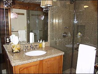 Aspen house photo - Newly remodeled guest bathroom