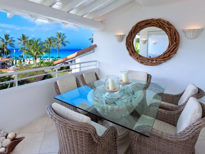 OVERLOOKING THE BEACH LUXURY 2 BED TWO BATH APARTMENT