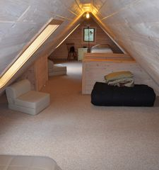 Lake Placid cabin photo - Loft with 2 Twins