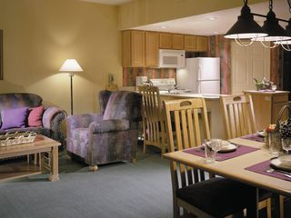 Sedona condo photo - Living room, dining area and kitchen