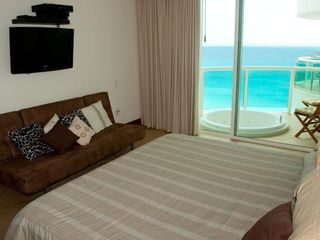 "Cancun condo photo - Master Bedroom (w / sat TV 27"", DVD),"
