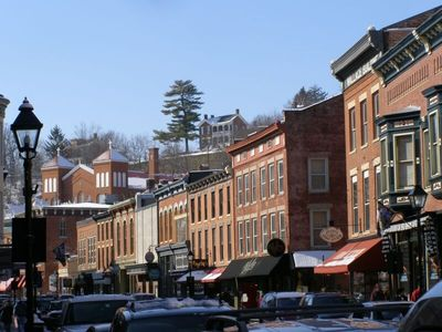 The historic town of Galena is a 10 min drive. Spend the day here.
