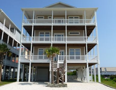 8 BR Ocean View House with Wrap-around Decks & Elevator Service to All Levels