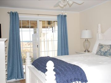 1st Floor Oceanfront Bedroom