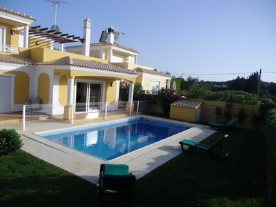 House 5 bedrooms with swimming pool