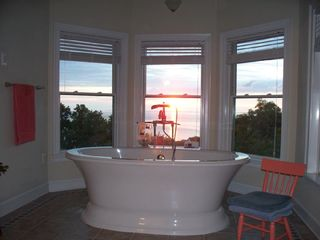 St. Leonard house photo - Spa tub over looking the bay