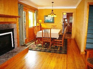 Lutsen house photo - Dining room and Fireplace