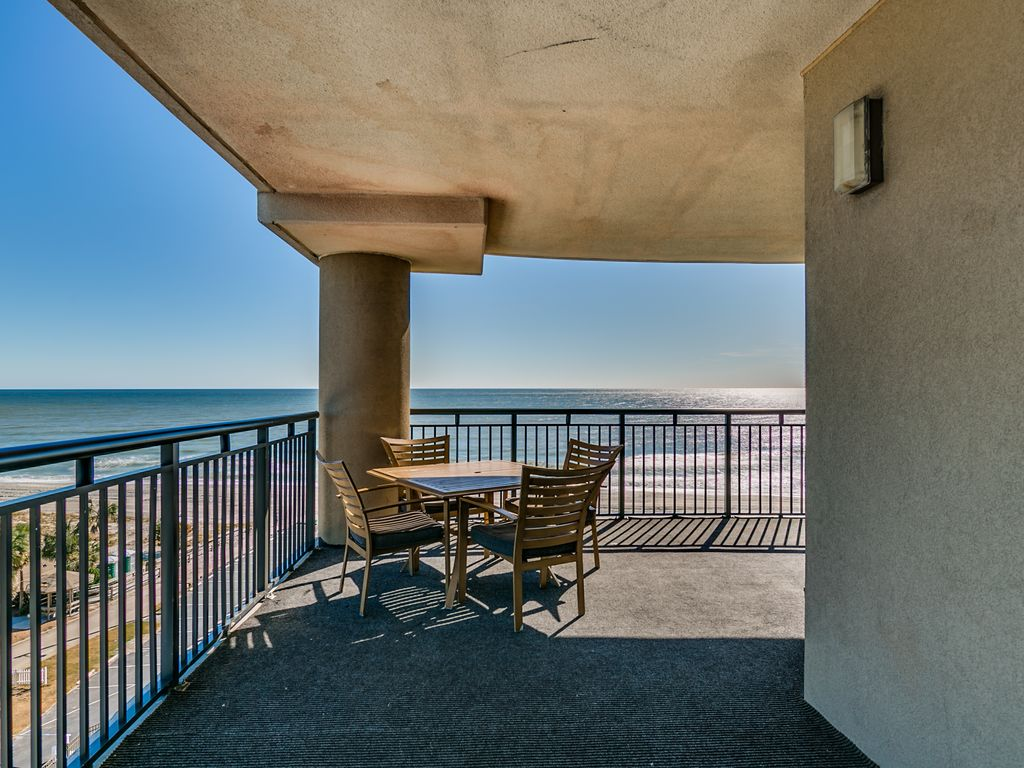 Huge Oceanfront Penthouse w/ wraparound balcony - by Luxury Beach Rentals