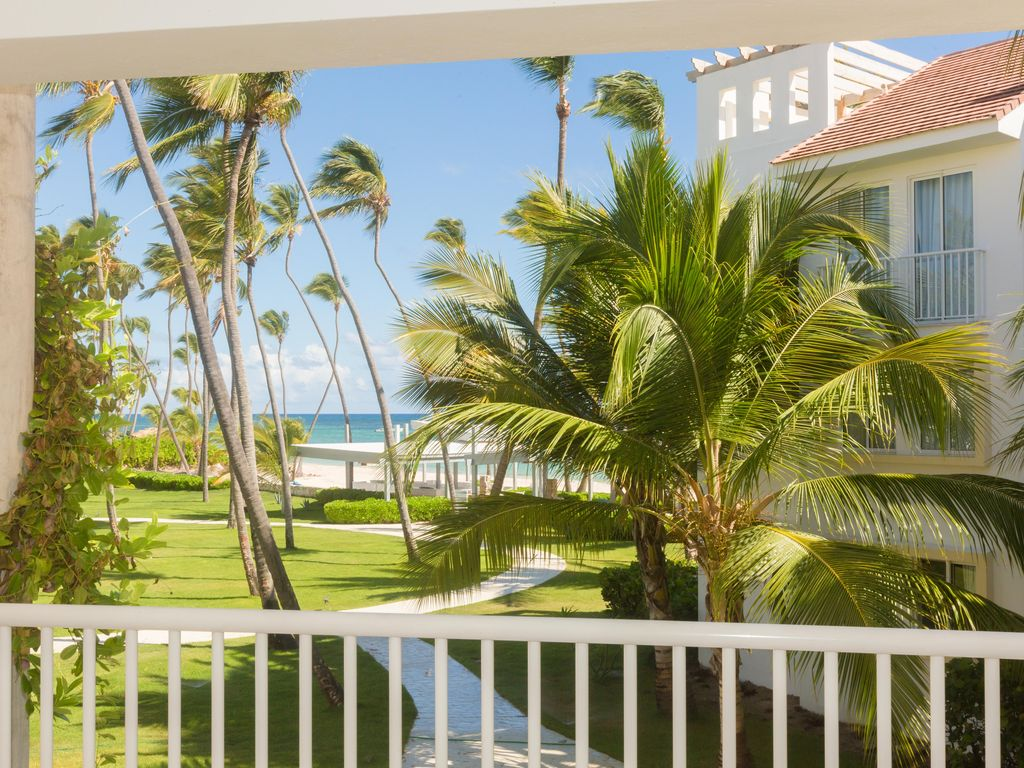 VRBO is a major vacation home rental sites retailer which operates the website get-raznoska.tk As of today, we have no active coupons. The Dealspotr community last updated this page on March 8, /5(11).