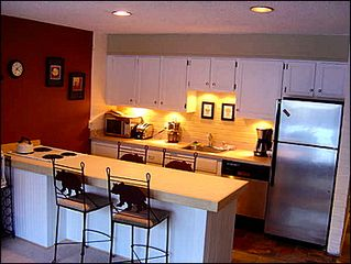 Breckenridge condo photo - Remodeled Kitchen with Stainless Steel Appliances