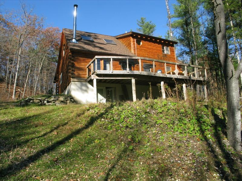 Catskill luxury log cabin on 12 secluded vrbo for Log cabins upstate ny
