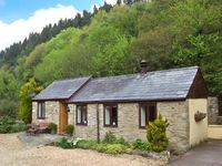 THE GRANARY, pet friendly, with a garden in Upper Lydbrook, Ref 18524