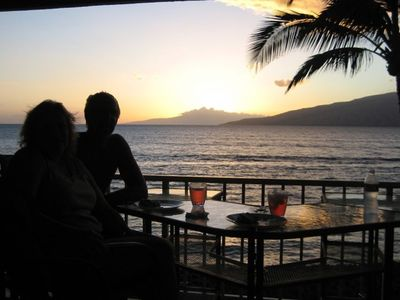 Stay with us and enjoy romantic sunset nightly!  No reservations needed!