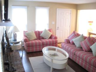 Sandbridge Beach cottage rental - Living Room