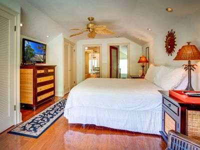 Master bedroom: Large flat screen TV.