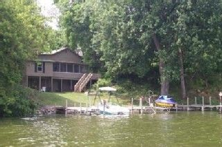 Lake Koshkonong cottage photo - river