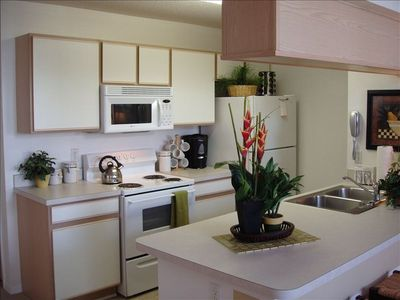 Villas at Island Club condo rental - Your Fully Applianced Kitchen! It's All There From Crock Pot To Waffle Maker!