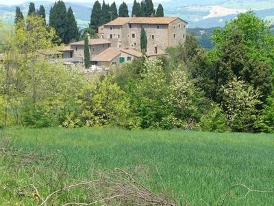 City of Volterra, Two rooms on the ground floor in a small village with private pool