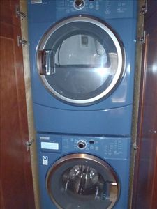 Full capacity washer and dryer