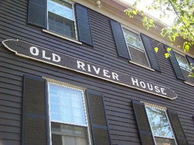 The Grand old River House Since 1848