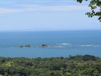 Tres Hermanas (Three Sisters). Views also include Isle Ballena and Cano Island.