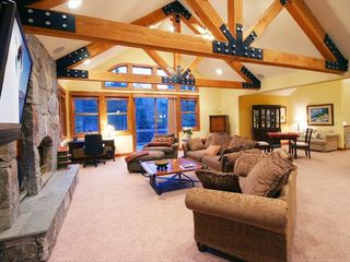 Squaw Valley - Olympic Valley house photo - Upstairs Great Room w/Fireplace and Flatscreen TV