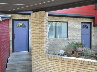 Austin apartment rental - The front door