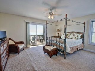 Surf City house photo - Queen Master Bedroom