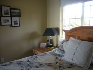 Moclips townhome photo - 2nd bedroom has a comfy queen - Coastal Breeze