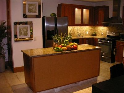 Granite Island within a modern Kitchen