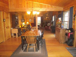 Murphy cabin photo - Dining area and great room