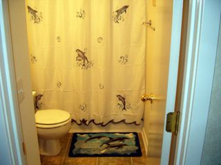 Myrtle Beach Resort condo photo - The Kids Bathroom