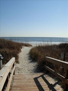 Windy Hill condo rental - Walkway to the beach