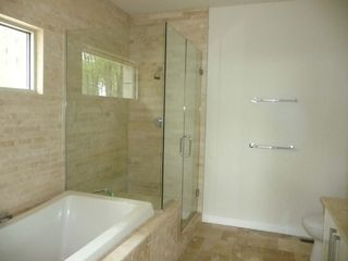 Arkdale house photo - Master bath