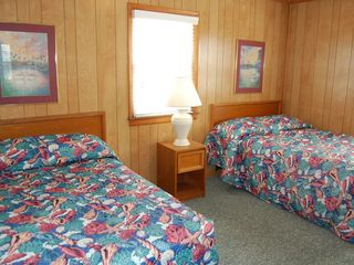 Kill Devil Hills cottage photo - The 2nd bedroom has 2 double beds