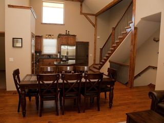 Branson house photo - Great Room - Large dining table seats 8 plus 4 barstools for seating at island