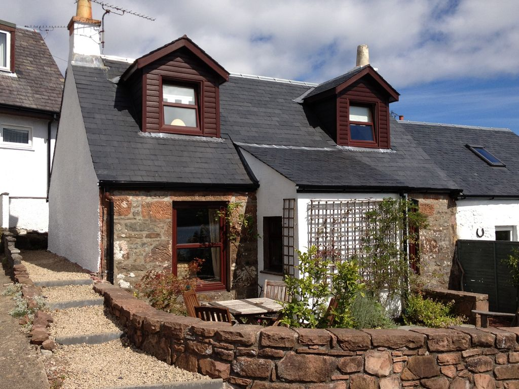 Stunning views of Lamlash Bay, Holy Isle and The Clyde WiFi - arranescapes.co.uk