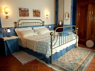 Chiusi villa photo - The blue room, direct to terrace