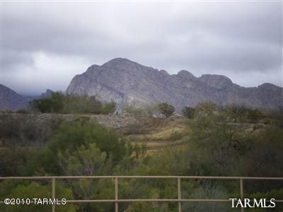Golf Course and Catalina Mountain Views